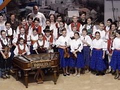 Projekt Mladí ladí folklor muzikanti a zpěváci poprvé představili na Hostýně.
