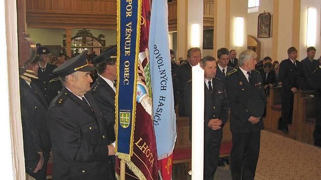 Svůj vlastní prapor získali dobrovolní hasiči z Francovy Lhoty v roce 2006