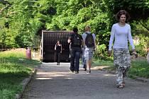 Ve Vsetíně dělníci obnovují park mezi městskými částmi Rybníky a Trávníky. Opraví také kritizovaný podchod pod železniční tratí. Náklady dosáhnou 28 milionů korun.