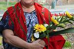 Ve Vsetíně slavnostně otevřeli ve čtvrtek 25. června 2020 nové náměstí Jarmily Šulákové. Dcera Zuzana Pavlůsková.