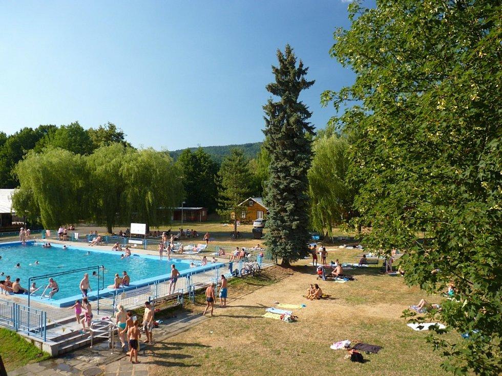 Kempy ve Zlínském kraji se v roce 2021 těší oblibě turistů. Na snímku Camping Rožnov pod Radhoštěm.