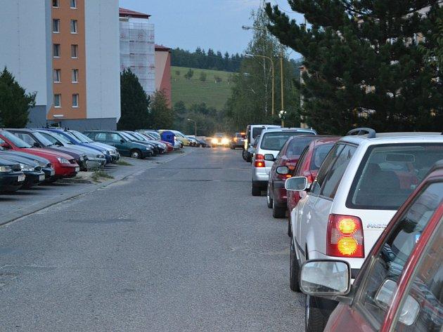 Zaparkovat v Luční ulici není možné.
