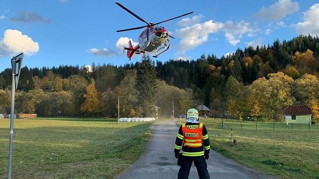 V Karolince na Vsetínsku zasahoval u nehody vrtulník záchranářů.