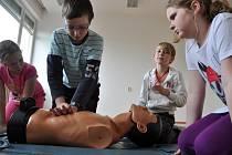 Okresní kolo soutěže mladých zdravotníků ve Vsetíně pořádaná Oblastním spolkem Českého červeného kříže; Vsetín, středa 14. května 2014.