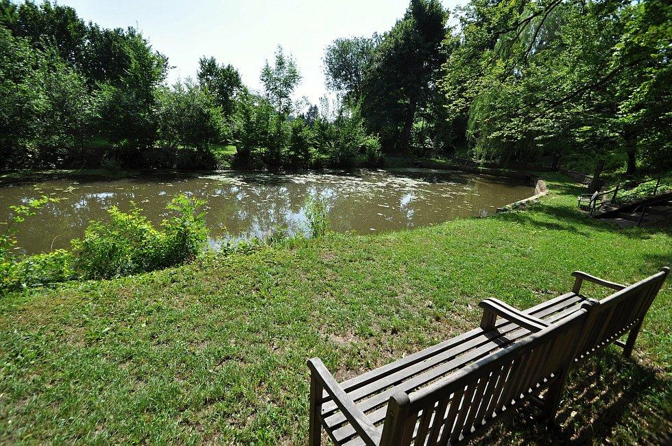 Zašová - rybník v klášterní zahradě