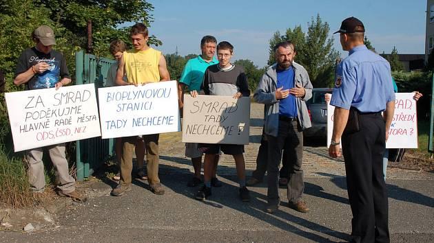 Obyvatelé Valašského Meziříčí protestovali proti záměru postavit ve městě bioplynovou stanici.