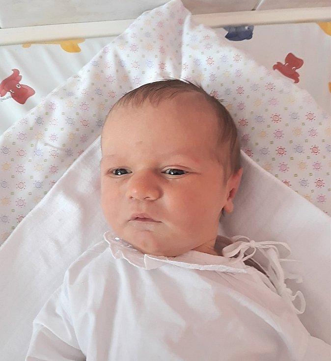 Natálie Davidová, Podolí, narozena 16. února 2021 ve Valašském Meziříčí, míra 50 cm, váha 3400 g