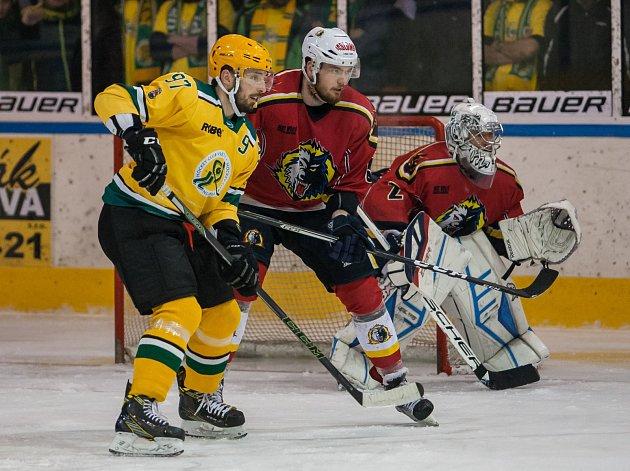 Na snímku vlevo Radim Kucharczyk.