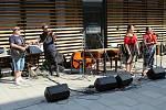 Ve Vsetíně slavnostně otevřeli ve čtvrtek 25. června 2020 nové náměstí Jarmily Šulákové. Zleva Zdeněk Hrachový, Stanislav Bartošík (Fleret), Klára Blažková a Zuzana Pavlůsková.