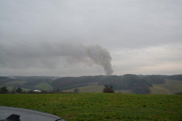 Opětovné výbuchy v muničním skladu ve Vrběticích.