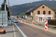 V Ústí se kvůli opravě silnice tvoří kolony, díky lépe řízené dopravě jsou dnes podstatně kratší.