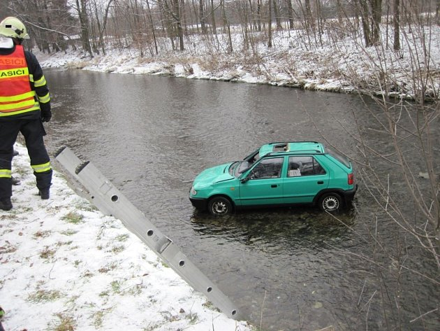 Dopravní nehoda u Halenkova na Vsetínsku.