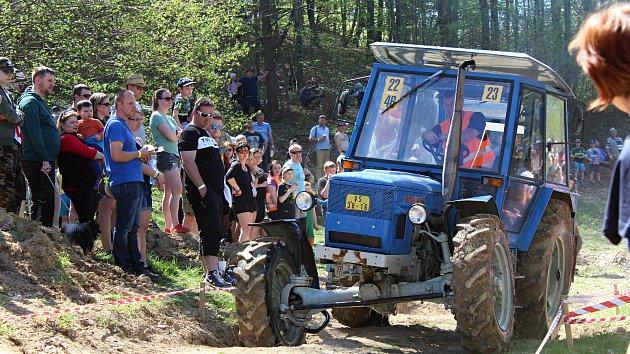 Šestý ročník traktoriády ve Zděchově