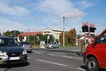 Zašovjané se dočkají nové křižovatky. Současná situace na silnici, která spojuje Valašské Meziříčí a Rožnov je nepřehledná.