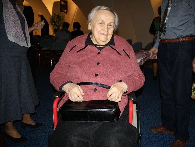 Eva Urbachová v úterý převzala cenu Pro amicis musae za Zlínský kraj.