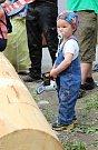 Téměř třicítka borců se sešla v sobotu 12. května 2018 na třetím ročníku dřevorubecké soutěže. Bojovali o titul Prlovský dřevař. Kubík Olejník půjde možná ve šlépějích svého táty, který tu letos soutěžil potřetí.