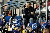 Trenér hokejistů Valašského Meziříčí Roman Sedlák.