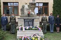 V Prlově si připomněli 68. výročí od vypálení vesnice nacisty