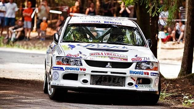Posádka Dohnal–Blažek na trati Rally Vysočina, kde dojel 20. absolutně a 9. ve třídě N4.