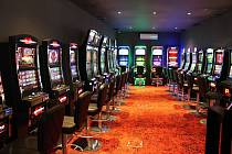 Kasino ve vsetínském Lidovém domě, které má být v budoucnu jediným hracím místem ve městě, spustilo provoz 4. srpna 2017.