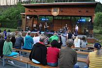 III. ročník dobročinného festivalu FestMaš ve Valašské Bystřici, jehož výtěžek připadne místní mateřské škole; sobota 18. června 2016