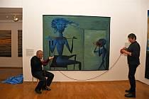 Představení dokončeného gobelínu Akce vlna vytvořený v Moravské gobelínové manufaktuře ve Valašském Meziříčí podle předlohy výtvarníka Mikuláše Medka; Olomouc, Muzeum moderního umění, čtvrtek 17. září 2020
