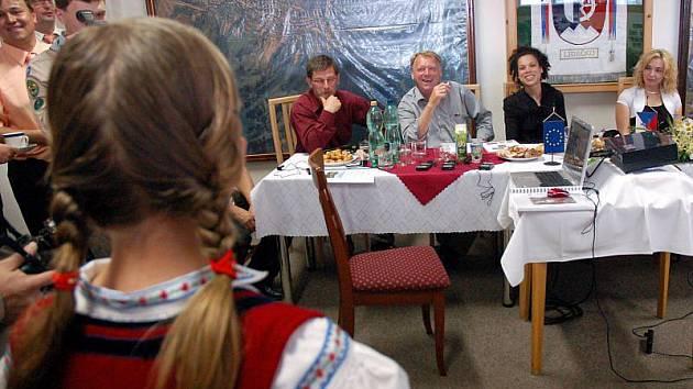 V úterý 8. června přijela do Lidečka tříčlenná hodnotící komise evropské soutěže Vesnice roku 2010.