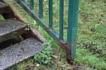 Zatsupitelé rozhodli o opravě lávky ve Vsetíně na Ohradě.