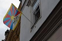 Na sedmi místech Valašska zavlála v těchto dnech vlajka Tibetu.