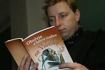 Valašskomeziříčtí ochránci přírody vydali novou publikaci s názvem Obyčeje a lidové zvyky na Valašsku.