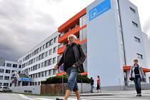 Ve Vsetíně bylo ve středu 20. srpna 2014 slavnostně dokončeno zateplení budovy polikliniky.