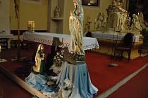 Kostely lákají svou atmosférou. Především v noci mohou věřícím i laikům přinést zajímavé zážitky.