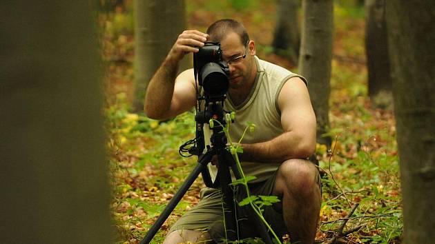 Fotograf Jan Machala vystavuje své makrofotografie rostlin a živočichů v Malé galerii vsetínského zámku. Výstava trvá od 4. do 30. října 2011