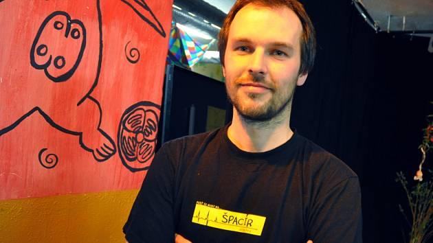 Zakládající člen pořadatelského týmu dálkového pochodu Špacír Daniel Ševčík přezdívaný Šebík.