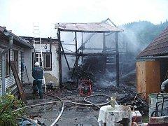 V Leskovci hořela dřevěnice