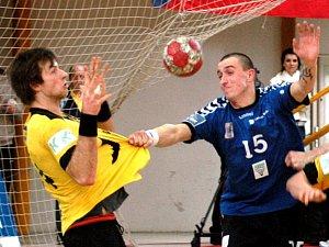 Tomáš Říha (ve žlutém). Ilustrační foto.