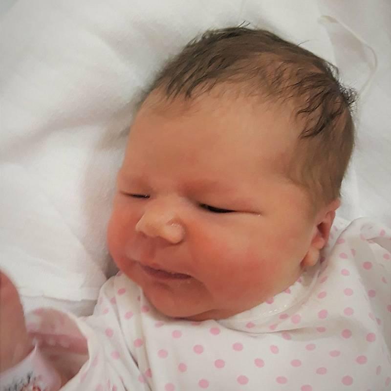 Adéla Slováková, Valašské Meziříčí, narozena 20. září 2021 ve Valašském Meziříčí, míra 46 cm, váha 3140 g