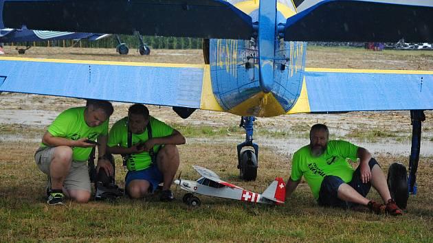 Letecký den na letišti v Poličné u Valašského Meziříčí; sobota 27. července 2019