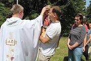 Setkání lidí dobré vůle na hřebeni Javorníků se uskutečnilo podvanácté ve čtvrtek 5. července 2018 u chaty Kohútka. Odtud vyšel průvod k dřevěnému kříži, kde byla od 13 hdoin bohoslužba.