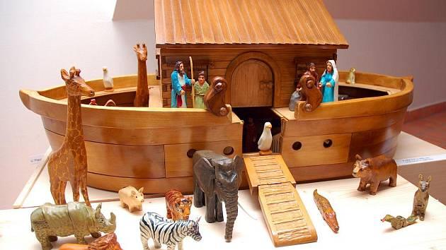 V infocentru Zvonice na Soláni se v sobotu v podvečer zahájili výstavu betlémů a dřevořezeb. Nechyběly ukázky tradičních valašských vánočních zvyků