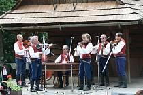 Cimbálovka Radhošťe na Rožnovských slavnostech ve skanzenu roku 2009