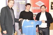 Michal Plachý (uprostřed) – čerstvá posila Climaxu Vsetín pro sezonu 2013.