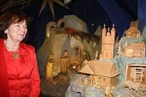 S expozicí mechanického betlému v Horní Lidči se v pondělí (22. 6.) seznámila velvyslankyně České republiky na Slovensku Livia Klausová.
