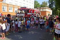 Hasičské cvičení v Základní škole Videčská v Rožnově pod Radhoštěm; středa 14. září 2016