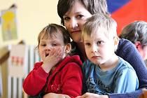 V Kateřinicích se v sobotu 2. dubna 2016 sešli pracovníci Auxilia Vsetín, rodiny s dětmi a hosté, kteří měli zájem se dozvědět něco víc o cestě k porozumění a pochopení lidí s autismem.