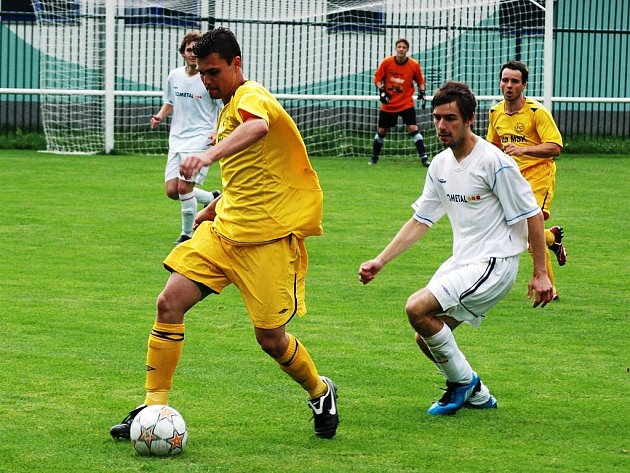 Fotbalisté FC Vsetín byli v posledním zápase ve Velkých Karlovicích lepším týmem a zaslouženě zvítězili 3:2.