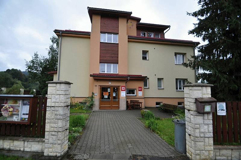 Halenkov - denní stacionář v Halenkově spadající pod Charitu Nový Hrozenkov.
