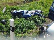 Nehoda motocyklu a osobního vozidla