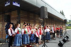Ve Vsetíně slavnostně otevřeli ve čtvrtek 25. června 2020 nové náměstí Jarmily Šulákové.