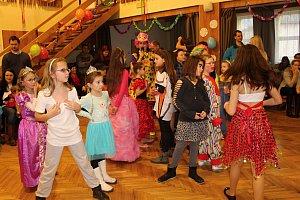 Sobota ve Študlově patřila dětem. Konal se tradiční karneval